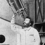 Camille Flammarion a la lunette de l'Observatoire de Juvisy