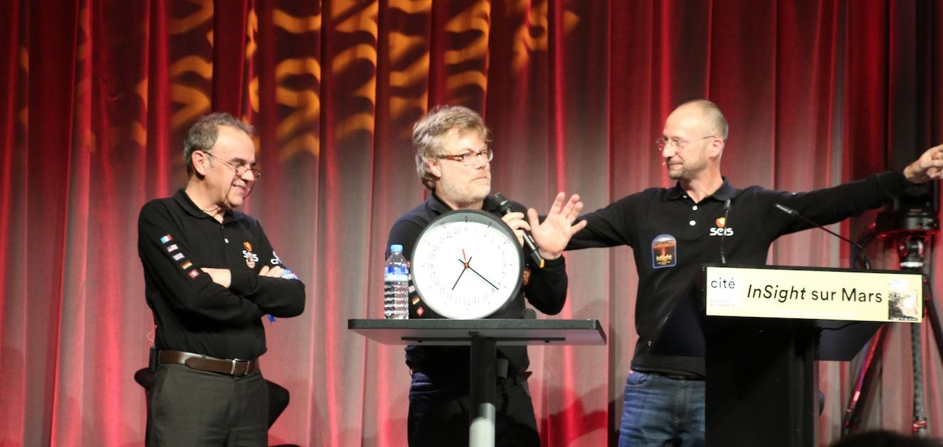 Atterrissage de Mars InSight, lundi 26 novembre 2018 : Francis Rocard (CNES), Philippe Lognonné (IPGP), Gilles Dawidowicz (SAF)