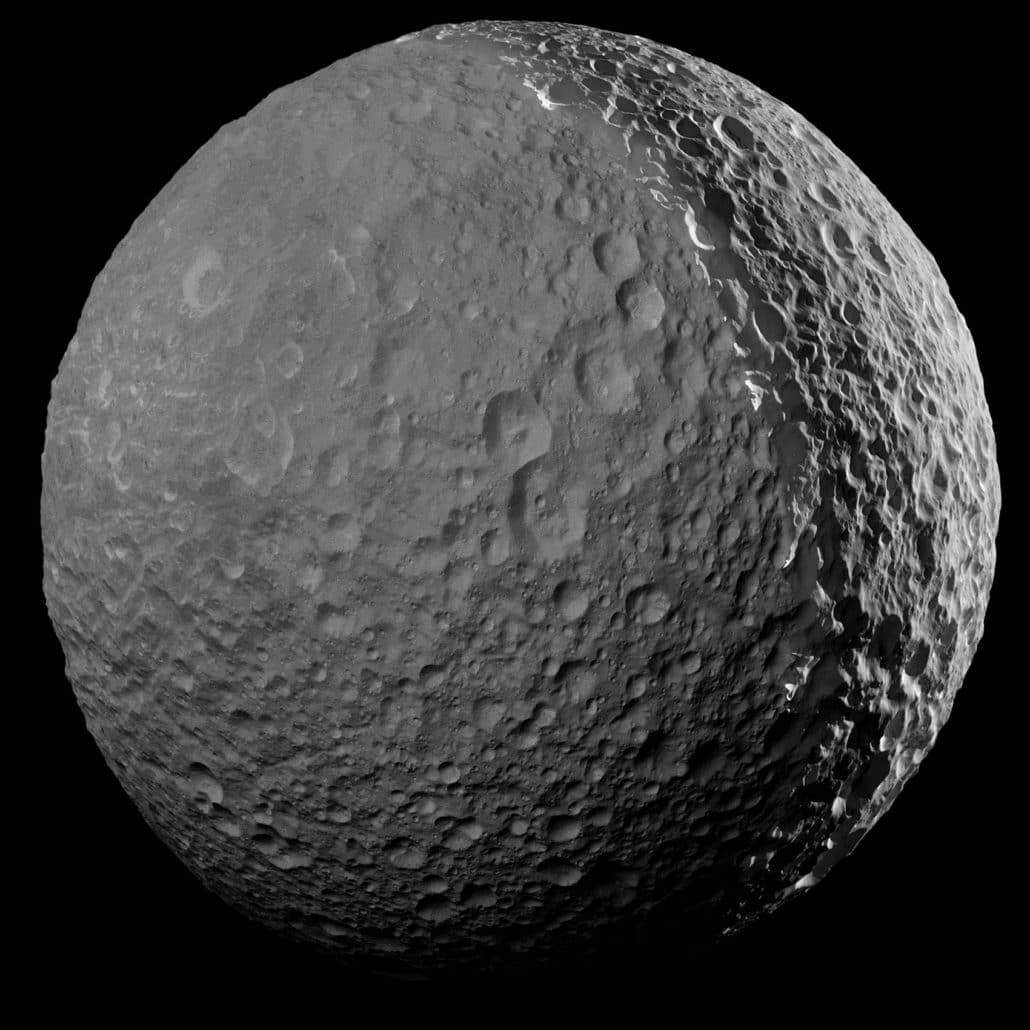 Mimas Crédit : NASA/JPL-Caltech/Space Science Institute